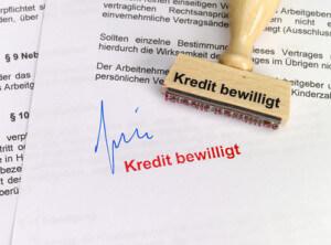 Stempel: Kredit aus Kreditvergleich bewilligt